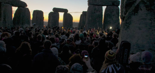Filling Stonehenge at Winter Solstice. Feat. Blackberry.